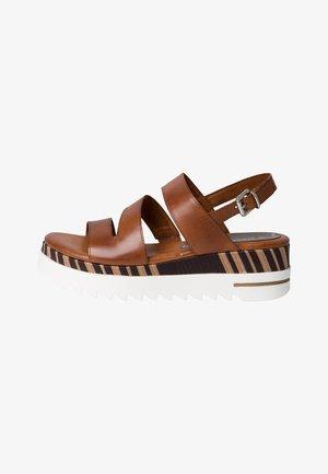 Sandales à plateforme - cognac antic