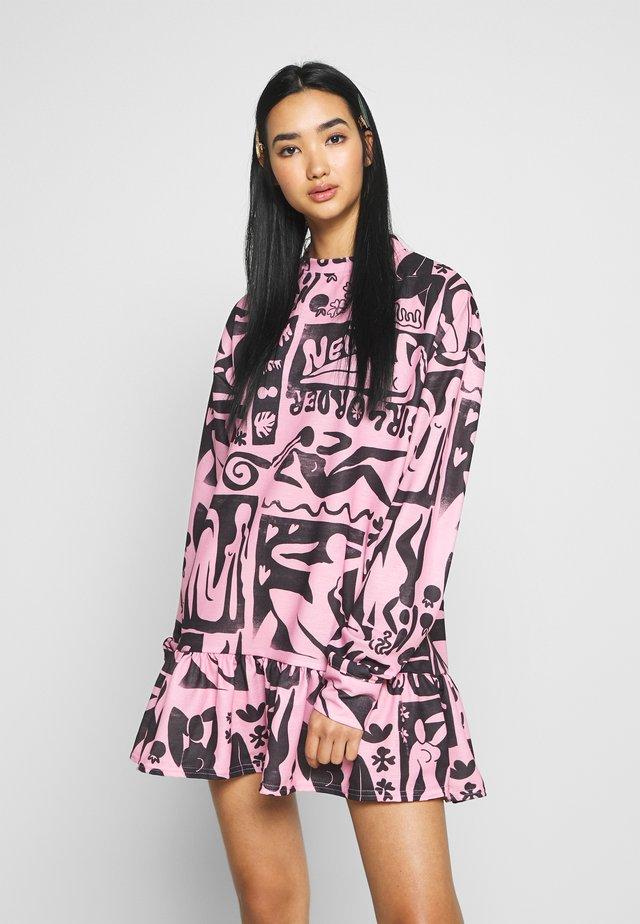 ABSTRACT FRILL DRESS - Vestito estivo - pink