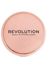 Make up Revolution - CONCEAL & DEFINE POWDER FOUNDATION - Foundation - translucent - 3