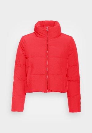 ONLDOLLY SHORT PUFFER JACKET - Winter jacket - mars red