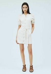 Pepe Jeans - DORY - Shirt dress - blanco off - 1
