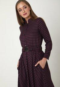 Madam-T - ALLTAGS EVELINA - Maxi dress - lila - 4