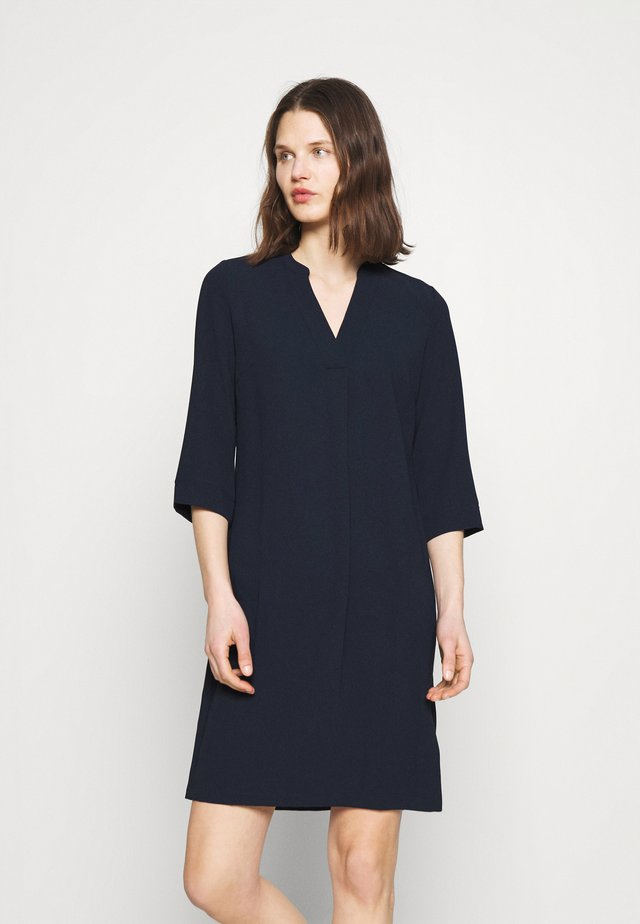NOTCH NECK SHIFT - Korte jurk - dark blue
