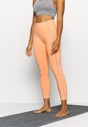 YOURE A PEACH - Leggings - peach