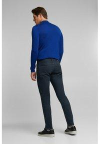 Esprit - Slim fit jeans - blue dark washed - 4