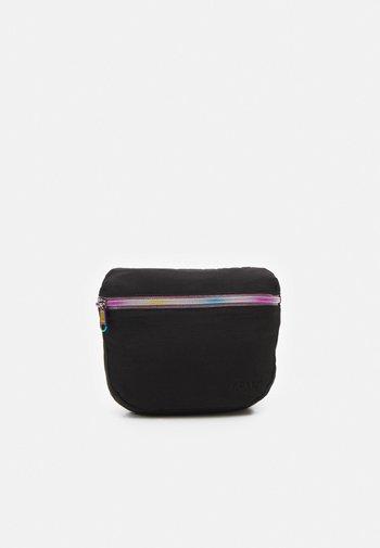 Across body bag - regular black