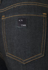 Armani Exchange - 5 POCKETS PANT - Jeans Skinny Fit - indigo denim - 2