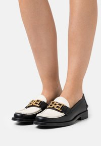 Bally - ERCILIA FLAT - Loafers - black - 0