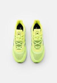 adidas Performance - SUPERNOVA - Neutrální běžecké boty - solar yellow/silver metallic/core black - 3