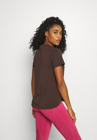 adidas Performance - AEROREADY TEE - Camiseta básica - brown - 2