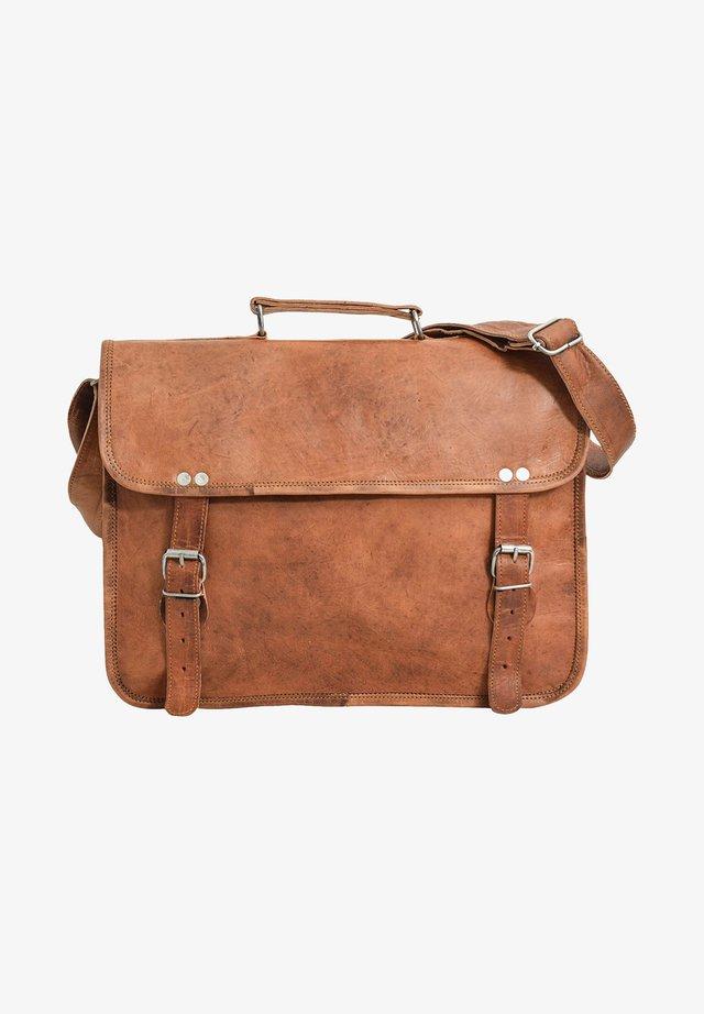 Briefcase - brown