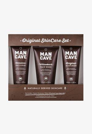 ORIGINAL SKINCARE SET - Kit skincare - -