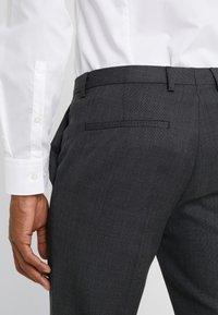HUGO - HESTEN - Suit trousers - charcoal - 4