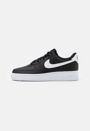 AIR FORCE 1 '07 - Matalavartiset tennarit - black/white