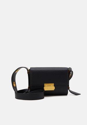 TAYLOR BAG - Across body bag - black