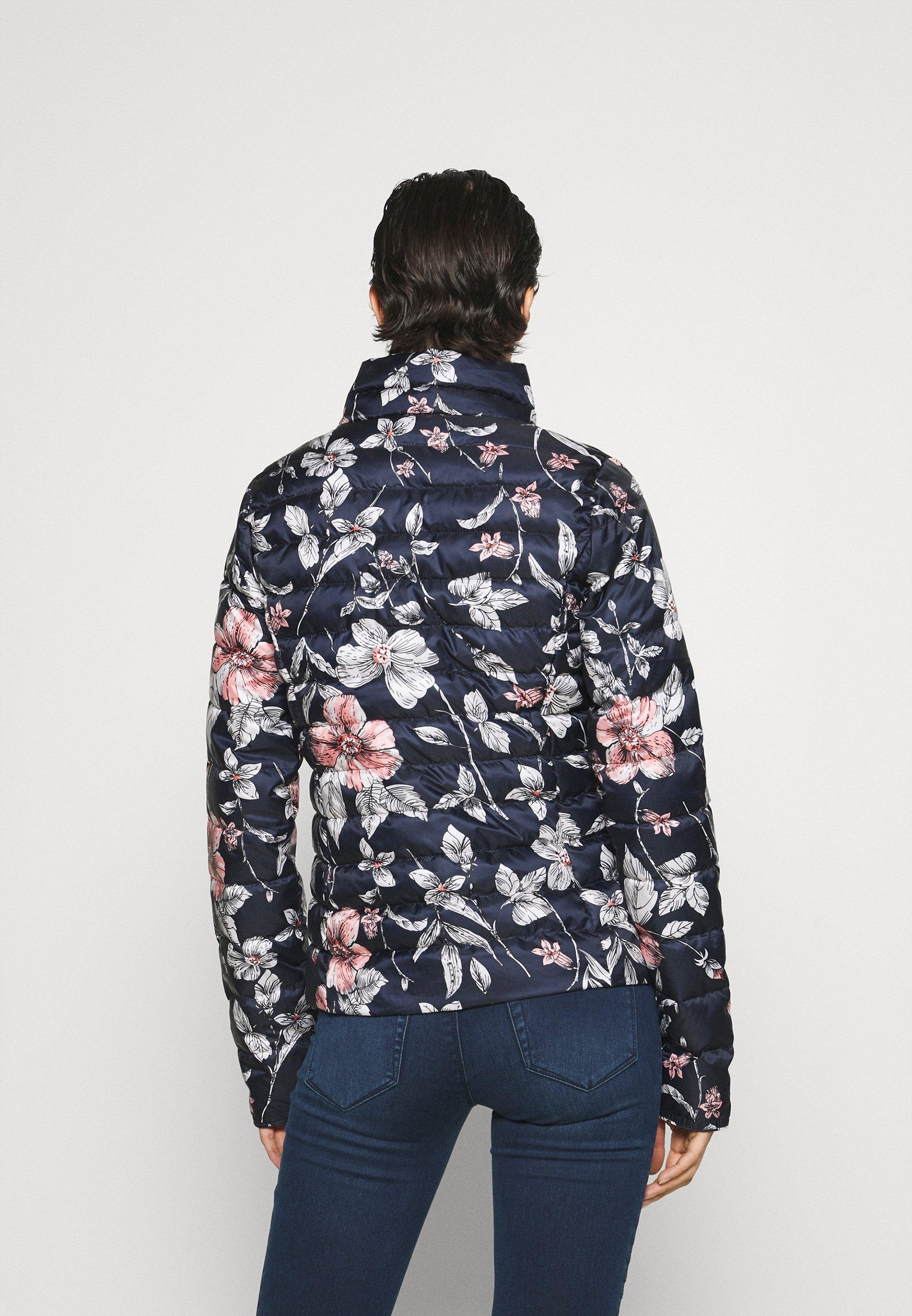 Women ONLNEWTAHOE QUILTED JACKET - Light jacket