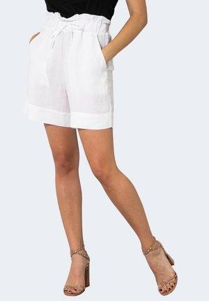 CRUDING  - Shorts - white