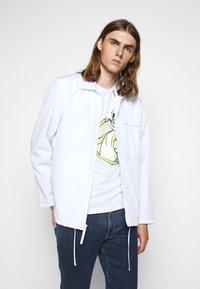 Iceberg - Print T-shirt - bianco ottico - 4