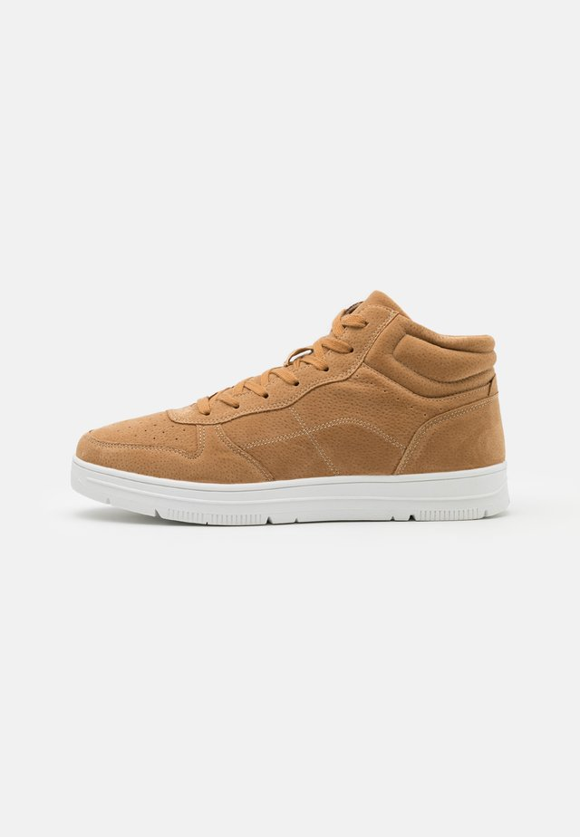 HAYWARD  - Sneakers hoog - camel/white