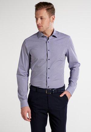 SLIM FIT CLASSIC  - Shirt - purple