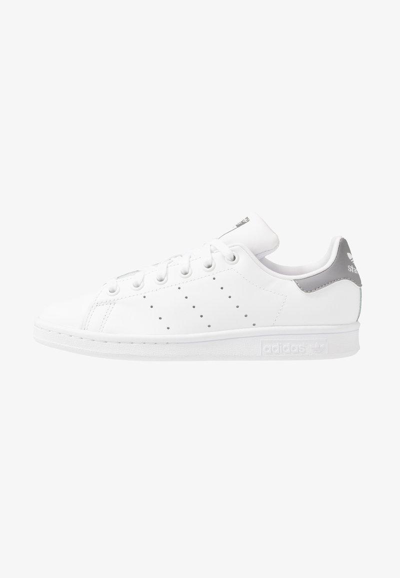 adidas Originals - STAN SMITH - Trainers - footwear white/grey three