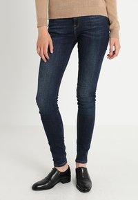 Selected Femme - SLFIDA SKINNY - Jeans Skinny Fit - dark blue denim - 0