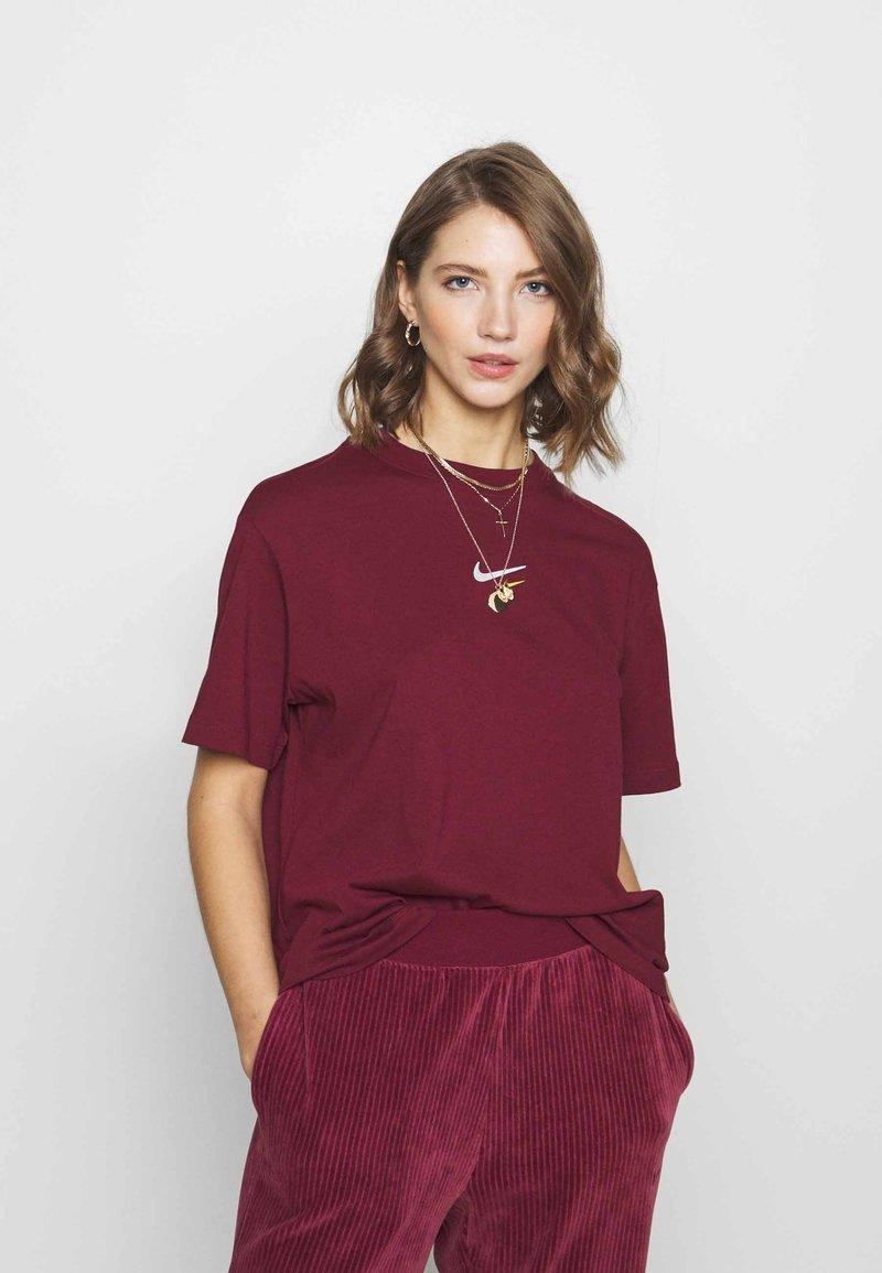 Nike Sportswear - T-Shirt print - dark beetroot