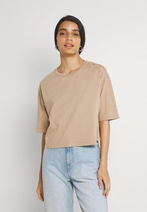 VMFOREVER CROP - Basic T-shirt - brush washed