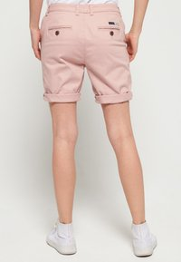 Superdry - CITY - Shorts - pink - 2