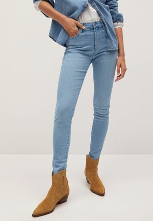 ELSA - Jeans Skinny Fit - středně modrá