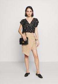 Ivyrevel - OVERLAP SKIRT - Pencil skirt - beige - 1