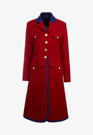 Manteau classique - rot