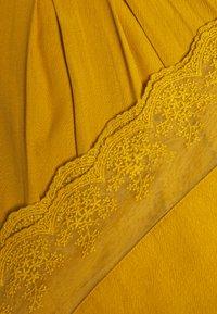 Cream - HAZELCR BLOUSE - Blouse - mustard yellow - 2