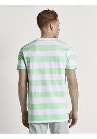 TOM TAILOR DENIM - Print T-shirt - mint block - 2
