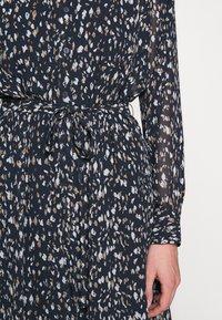 Bruuns Bazaar - HAZE MIRRAH DRESS - Košilové šaty - night sky - 7