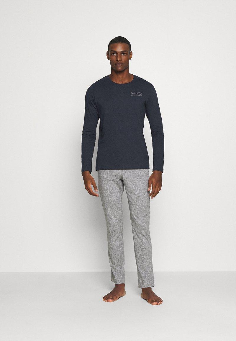 Marc O'Polo - LOUNGESET CREW NECK - Pyjamas - blue