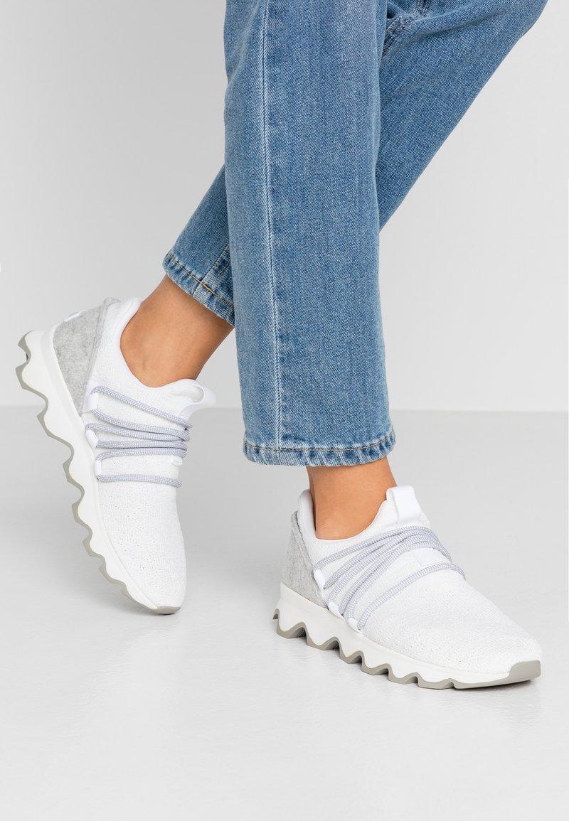 Sorel - KINETIC LACE - Sneakersy niskie - white