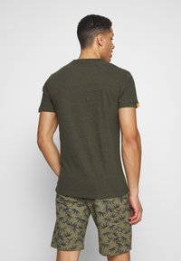 Superdry - VINTAGE CREW - Basic T-shirt - desert olive/space dye - 2
