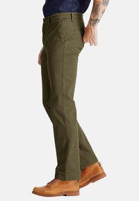 Timberland - Chinos - grape leaf - 3