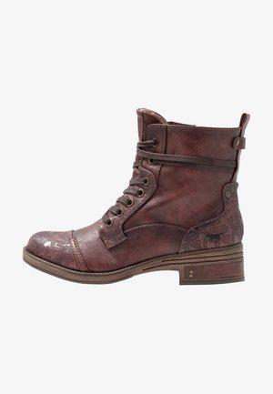 Šněrovací kotníkové boty - bordeaux
