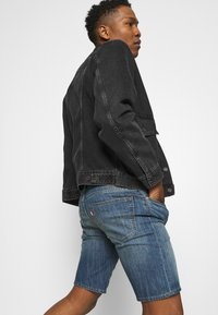 Levi's® - 405 STANDARD  - Shorts di jeans - boom boom cool - 3