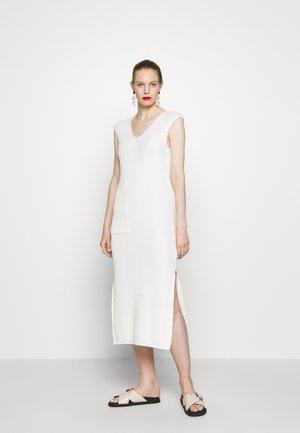 DRESS POCKET AT FRONT SLITS AT SIDESEAM - Jumper dress - natural white