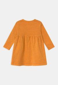 Cotton On - KARMEN 2 PACK  - Žerzejové šaty - noir grape/burnt squash - 1