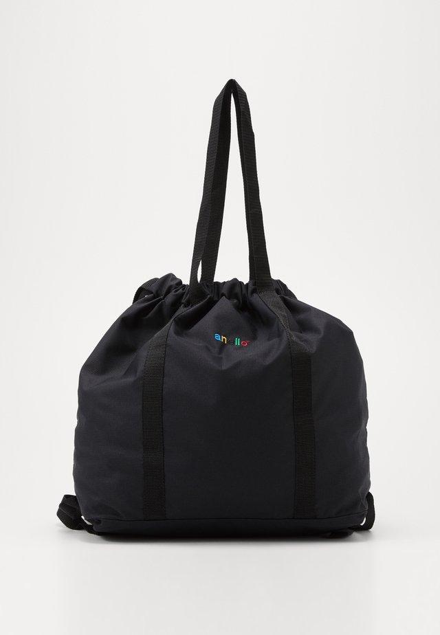 STROLL LIGHTWEIGHT TOTE  - Ryggsäck - black