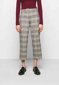 J.CREW - PEYTON PANT IN PLAID - Trousers - bronzed ochre/rust - 0