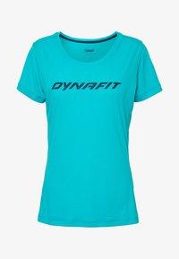 Dynafit - TRAVERSE TEE - Triko spotiskem - silvretta - 4