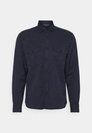 MARCOS SAFARI OVERSHIRT - Lehká bunda - navy blue