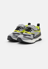Geox - PAVEL - Trainers - grey/lime - 1