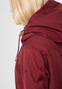 Vaude - WOMEN MANUKAU - Parka - claret red - 3