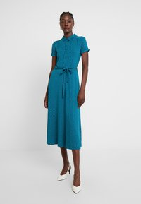 King Louie - MIDI DRESS LITTLE DOTS - Jerseykjole - lapis - 0
